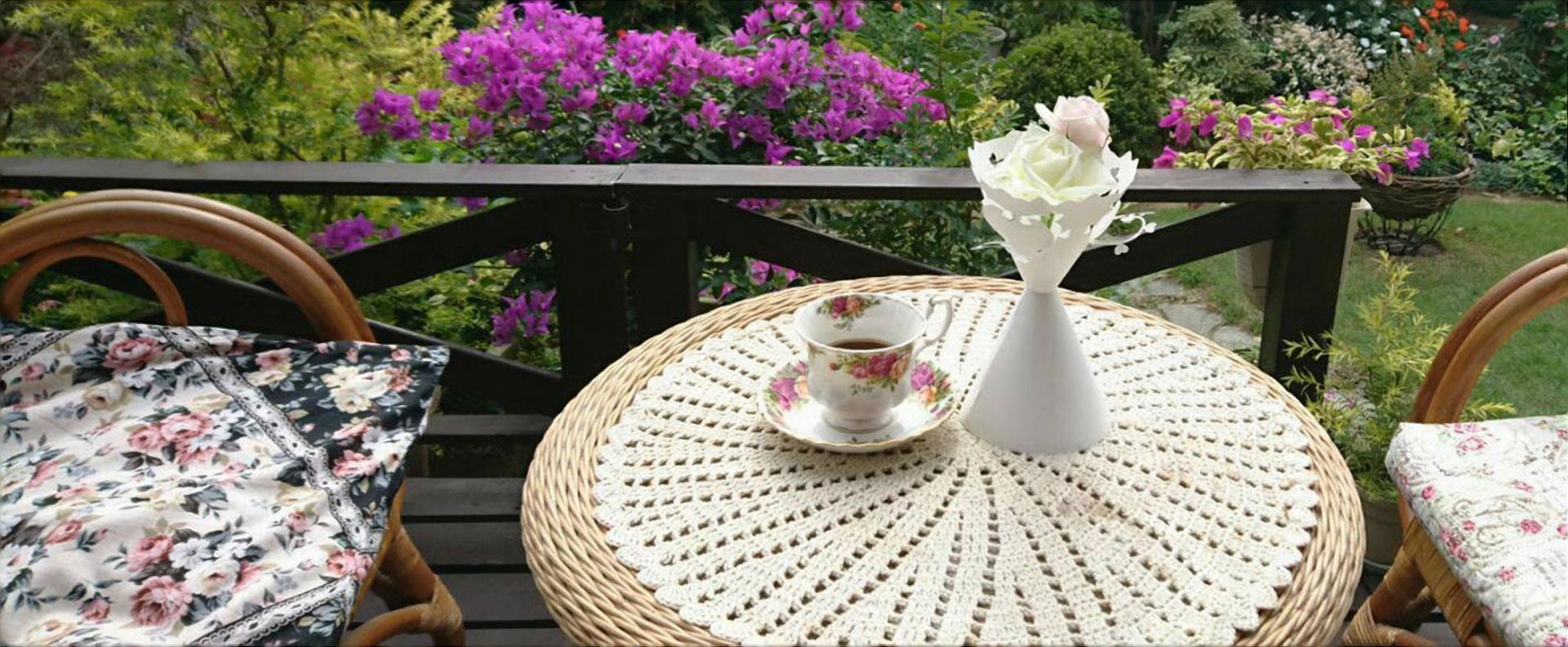 ガーデンでのお茶会に